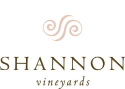 Shannon Vineyards logo