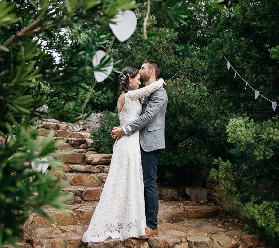 Trail's End offers beautiful photo opportunities as a wedding venue