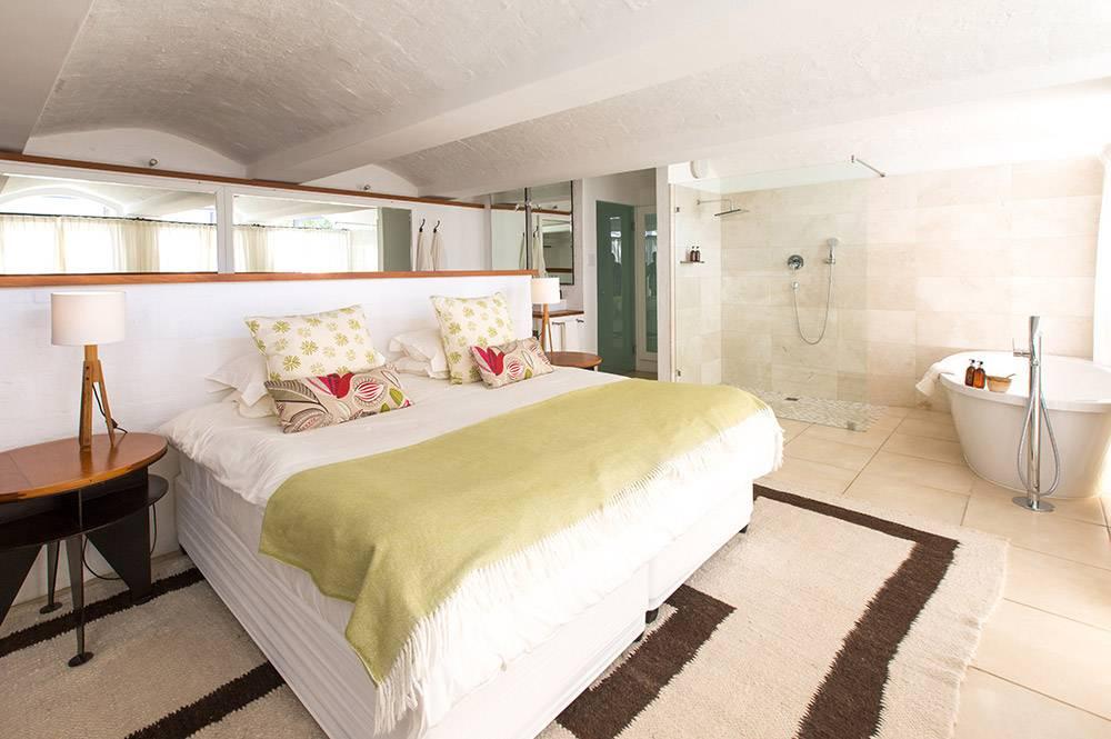 South Hill Romantic Cellar Suite
